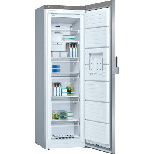 Congelador Inox BALAY 3GFB642XE abierto